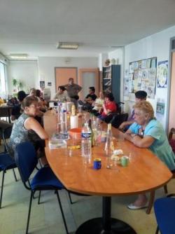 Café associatif manosque juillet 2013