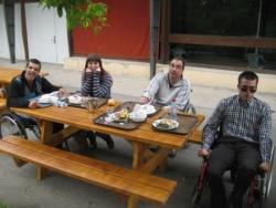 A table! Nuno, Pauline, Laurent et Marc
