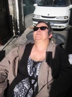 Pause au soleil pour Marie-France!