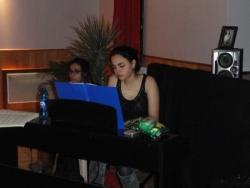 Rebecca a assuré la première partie au piano