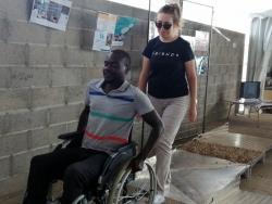 Véronique (bénévole) et Babacar (bénévole)