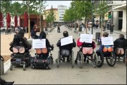 Manifestation mardi 30 avril Faut-il se mettre à nu pour exister