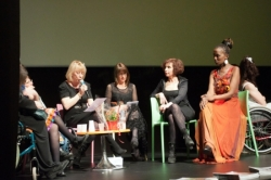 Défilé et débats ... le 19 mars 2016 à Cap Cinéma