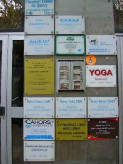 3 cabinets médicaux, accessibilité partielle