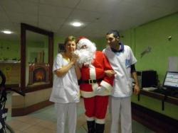 Le Père Noël demande un soin à Corine