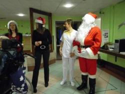 Le costume du Père Noël s'affaisse
