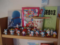 Hello Kitty et Doraemon...