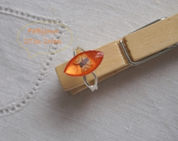 Bague enfant vernis orange+papillon