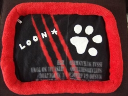 "Coussin pour chat "" Loona """