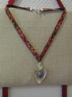 Collier biais liberty wiltshire berry et nacre