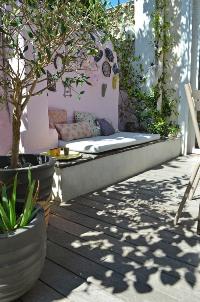 nouveau look pour une terrasse marseille lejardindeclaire. Black Bedroom Furniture Sets. Home Design Ideas