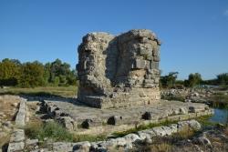 Le cénotaphe de Caius César, fils adoptif d'August