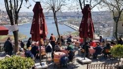 """Le Café """"Pier"""" Loti"""