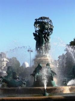 Fontaine de Carpeaux et au fond l'Observatoire