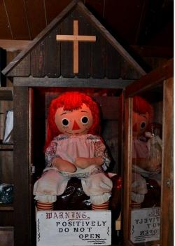 T2 : Annabelle, la poupée de la terreur