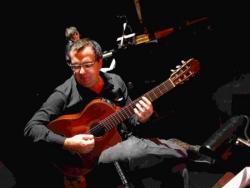 13. le guitariste Claudio Rugo