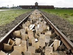 Commemoration de la liberation des camps de la mort