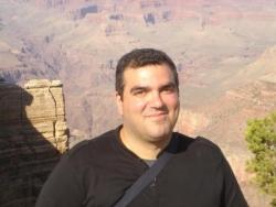 Devant le Grand Canyon