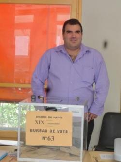 Au Bureau de Vote à Paris 19ème