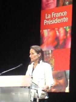 Discours de Segolene Royal à Paris 19