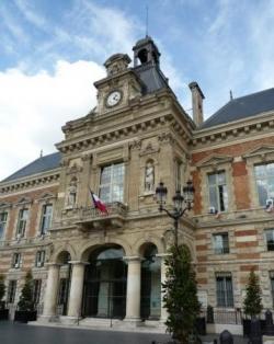 A la Mairie de Paris 19ème