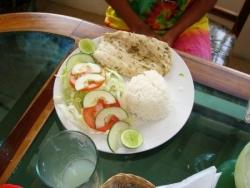 Almuerzo en Montañita 3
