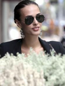Sophie lunettes noires