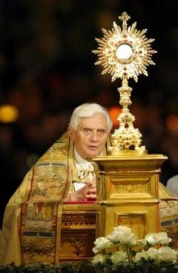 Benoît XVI (2)