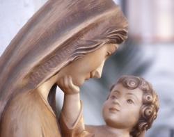Vierge à l'enfant 11