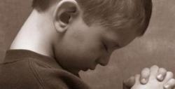Enfant en prière 2