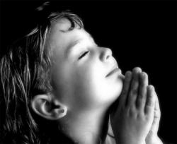 Enfant en prière 6