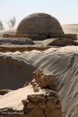 La mosquée et le sable