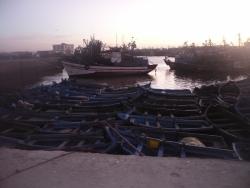 Flotille au soleil couchant