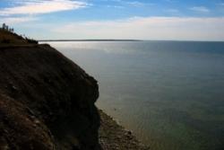 Falaise de Saaremaa et vue sur la Mer Baltique