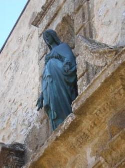 Vierge du prieuré de Sainte-Victoire en Provence