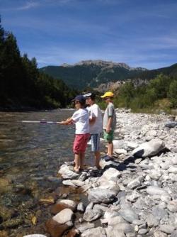 une activité : pêcher dans le Guil