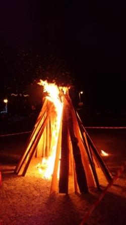 grand bazero des flambeaux de la descente du 31 dé