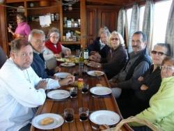 une repas à bord du Rara