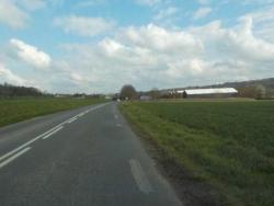 "Rue de Lesches ""entrée de village"""