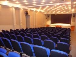 La salle de spectacle du lycée