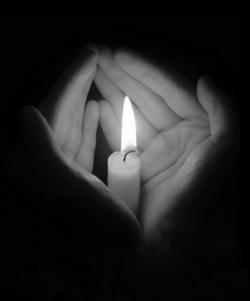 mains lumière
