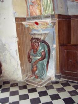 Rennes-le-Château, entrée de l'église
