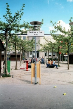 Der St Leu la Forêt Platz