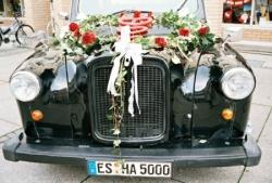 Ein Hochzeitsauto