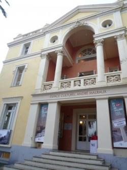 Chateau des Baumettes, Expo de la RN7 au village