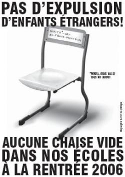 Affiche de l'opération chaises vides à Nantes