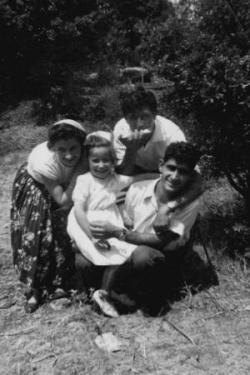 Nuncia, Giovana,Luigi, Francesco