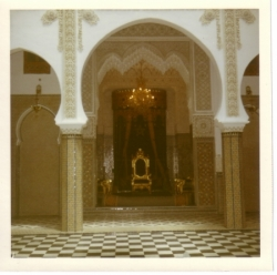 39-trone_dans_la_palais_royal.3