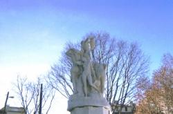 Fontaine des Danaïdes
