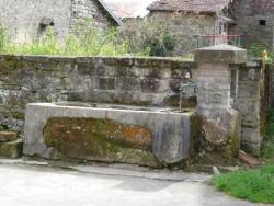 Fontaine rue du Creux-Châlot